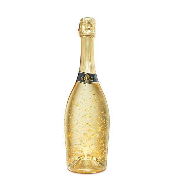 Laurea Gold biele suché - brut sýtené víno s 23 karátovými lupienkami zlata. Laurea Company sro