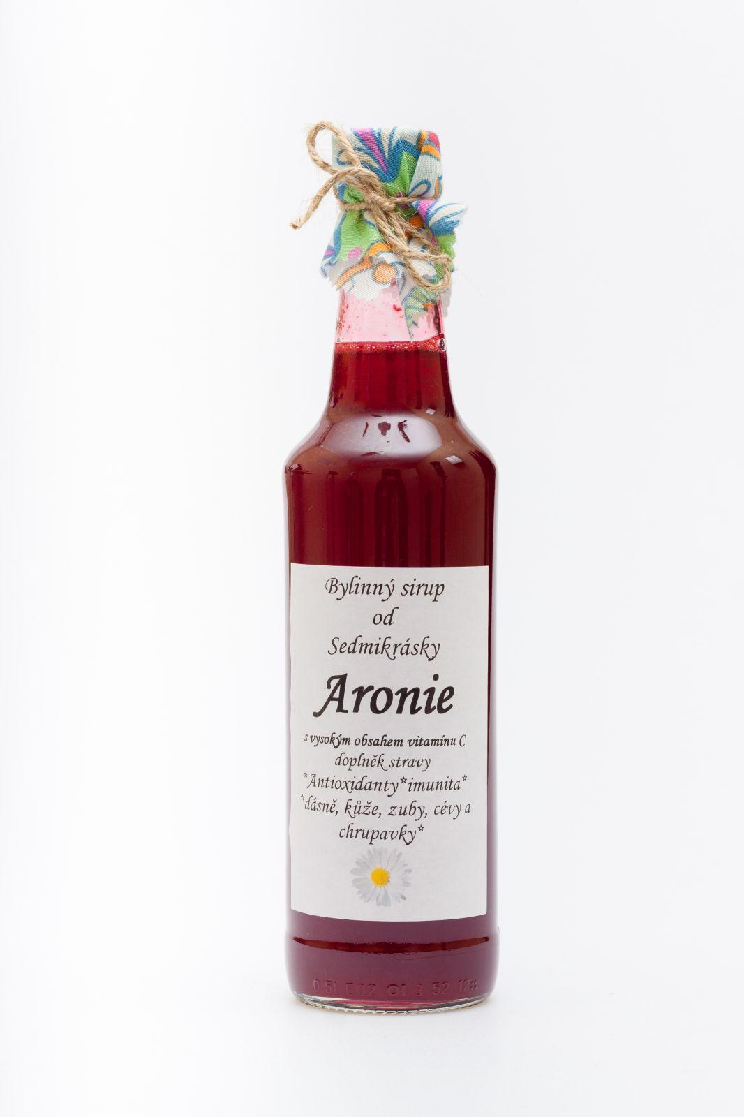 Sedmikráska sirup Aronie 1000 ml - antioxidanty, imunita, dásně, kůže, zuby, cévy a chrupavky, doplněk stravy Rodinná farma Sedmikráska