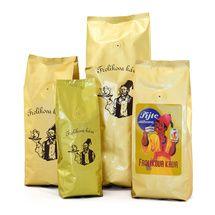 Frolíková káva Diplomat 1000g zrnková Jedná sa 100% Arabicu zo Strednej, Južnej Ameriky a Ázie. Jan Frolík - Pražírna kávy